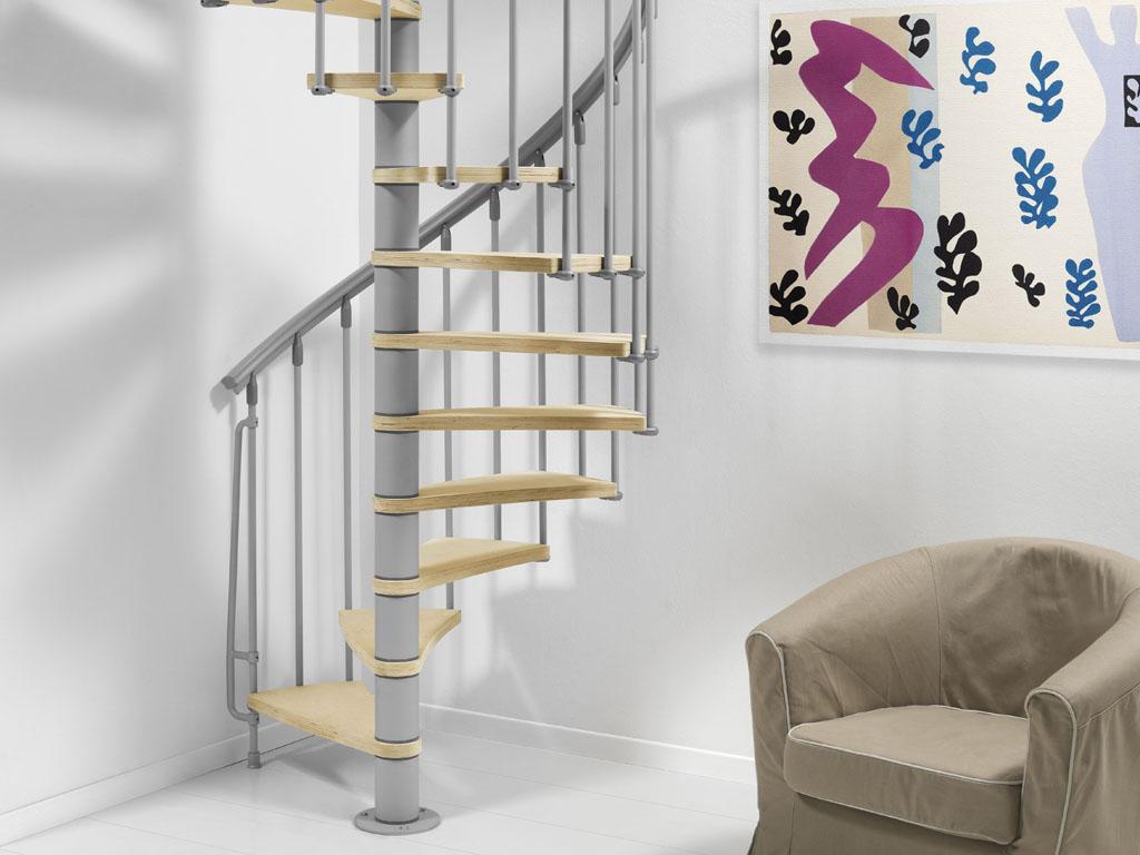 Nice beltéri lépcső